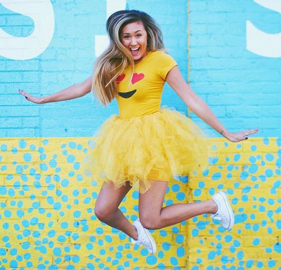 Emoji Costume via LaurDIY