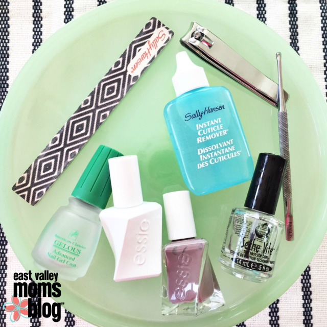7 steps to the perfect at home manicure