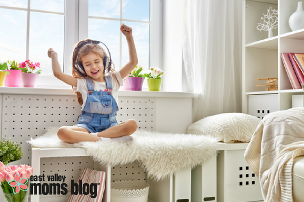 5 podcasts just for kids | East Valley Moms Blog
