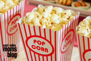 A guide to the ultimate at home family movie night! | East Valley Moms Blog